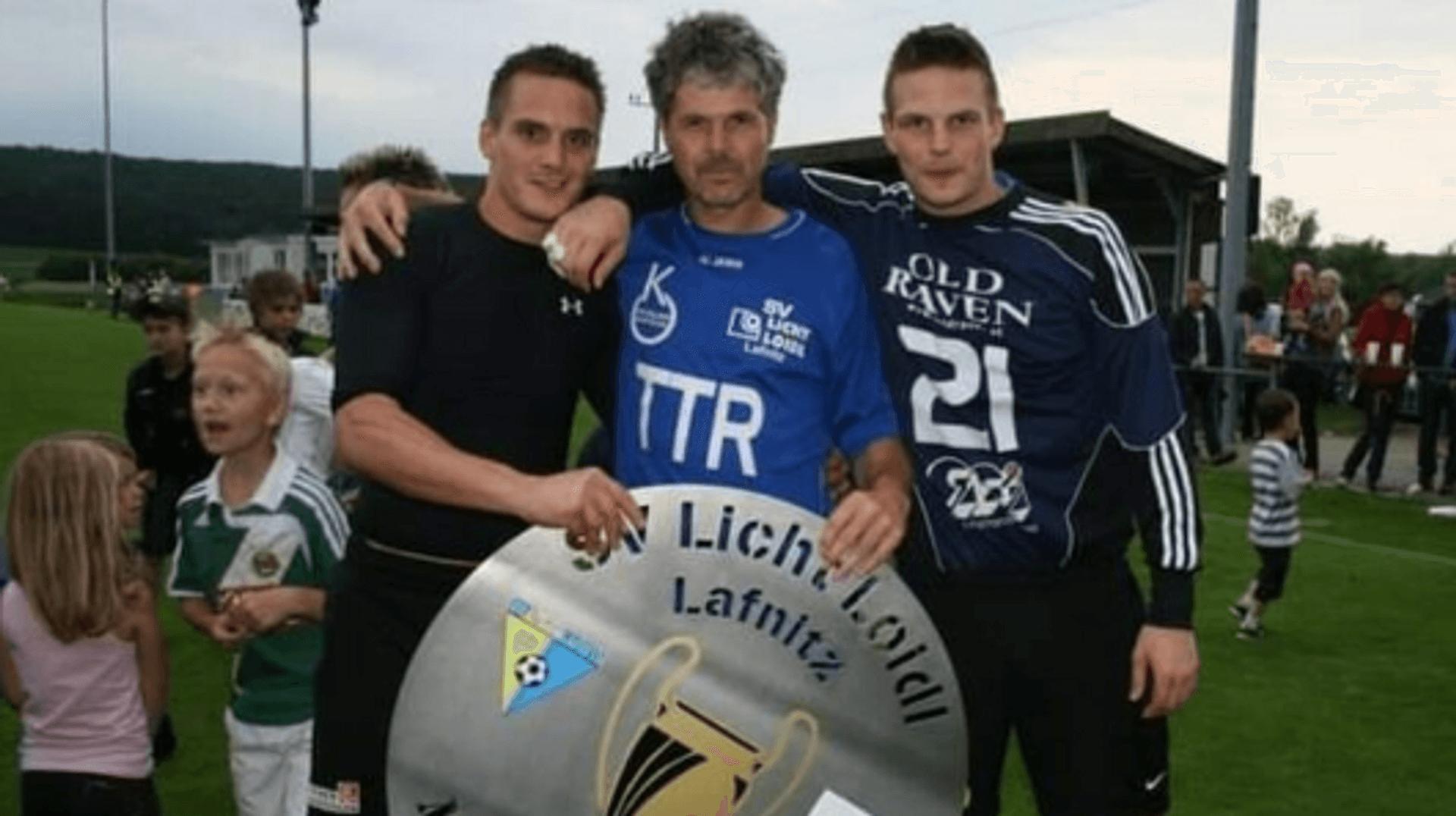 Gemeinsam mit Bruder Erich und Tormanntrainer