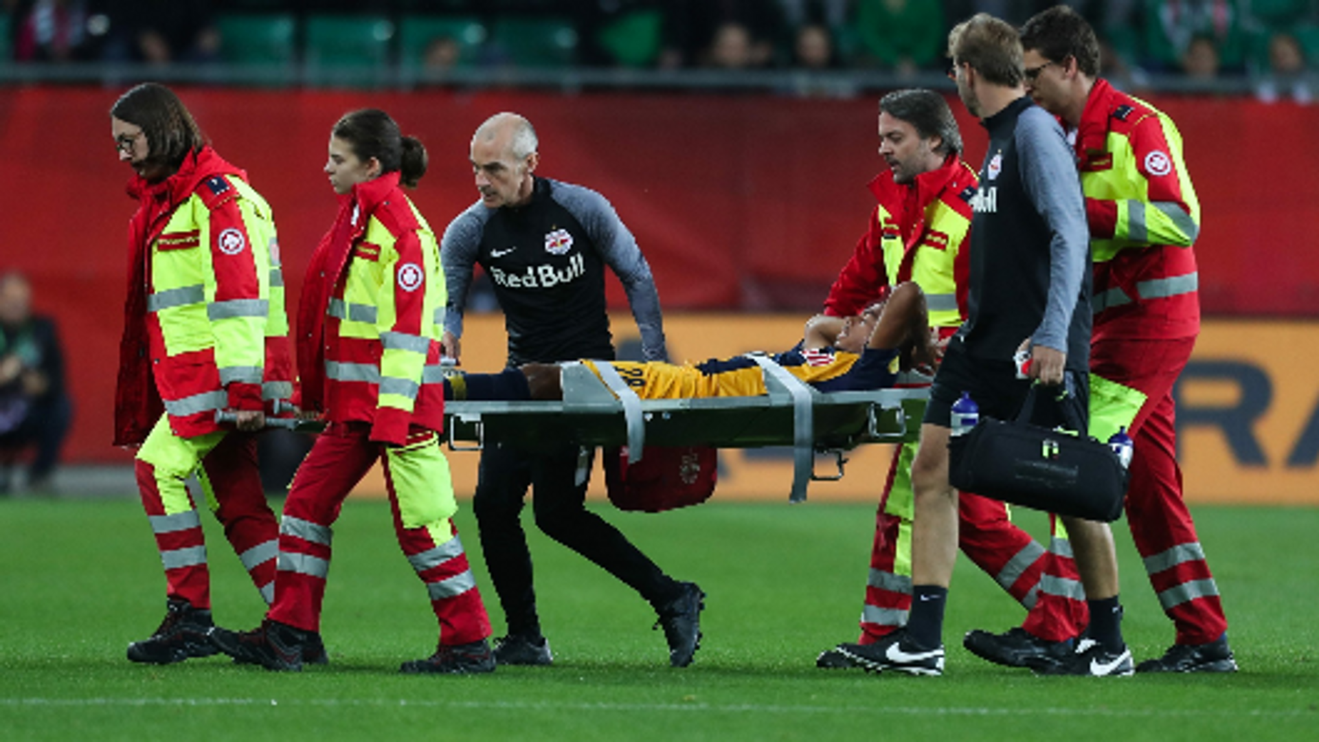Antoine Bernede hat sich wieder schwer verletzt