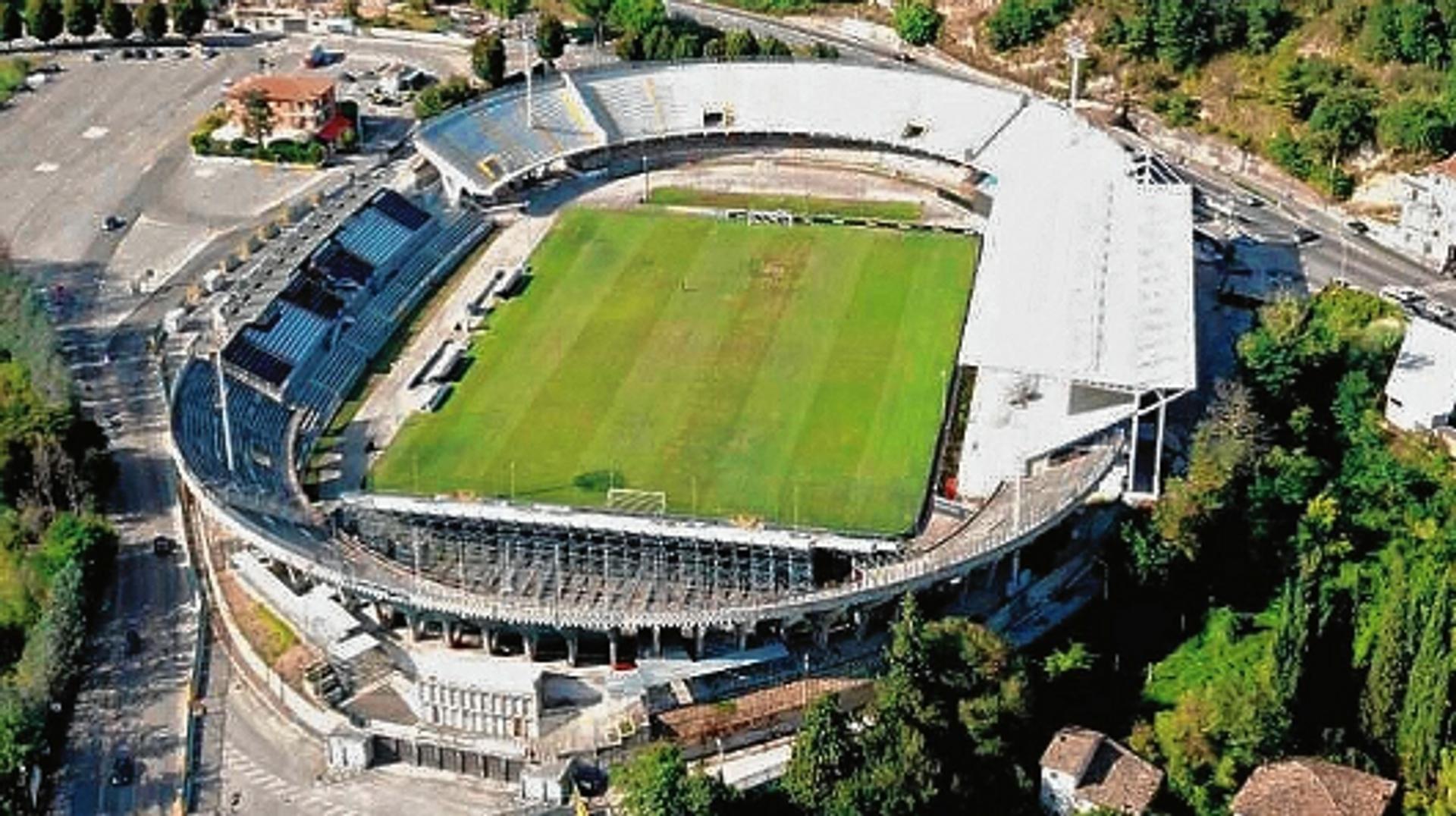 20.000 Zuschauer - Stadio Cino e Lillo del Duca